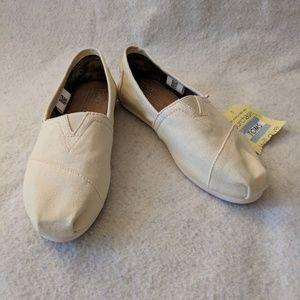 Toms Natural Canvas Shoes